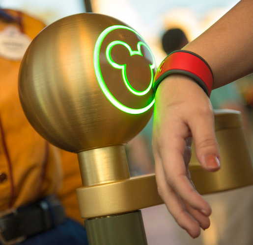 New Bracelet pass for Disney