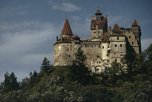 Bram Castle