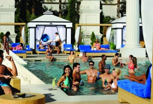 Caesars-Las-Vegas-Property-Pool-Neptune-2