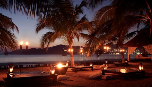 Viceroy Zihuatanejo Valentine's Day Beach