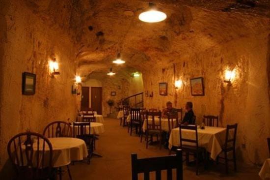 underground hotels aus