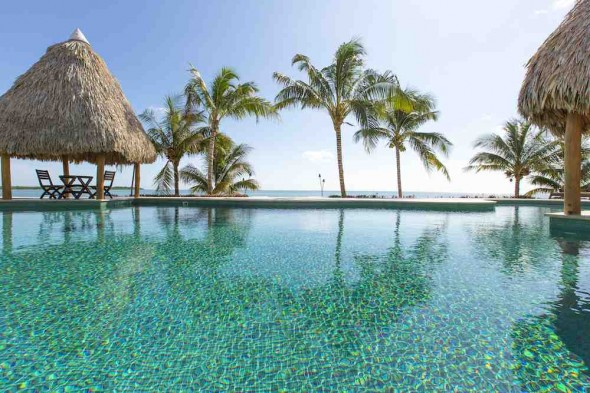 Sanctuary Belize - Resort pool