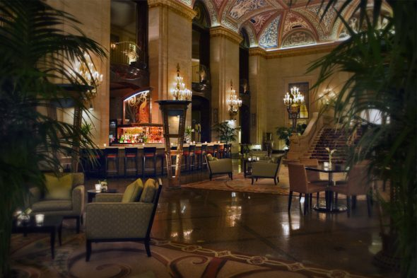 PH-15.-Palmer-House-Lobby-Bar_sent