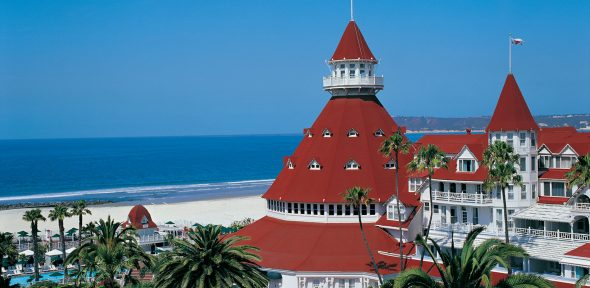 hotel-del-coronado-property-beach-turret-main-shot-06-1640x800